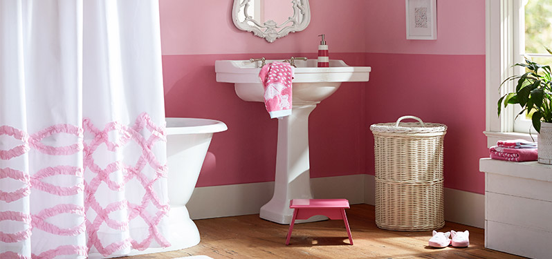 Ribbon Ruffle Bathroom