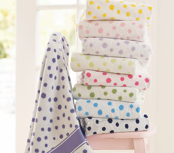 Organic Polka Dot Towels, Green, Set of 3