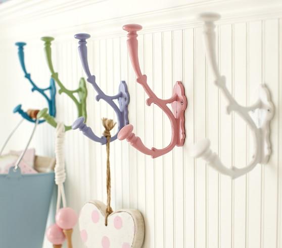 Savannah Metal Hooks, White