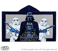 <em>Star Wars</em>&#8482; Beach Wrap