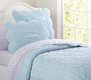 Ruffle Velvet Quilt, Blue, Twin