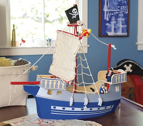 Pirate Ship & Crew Set