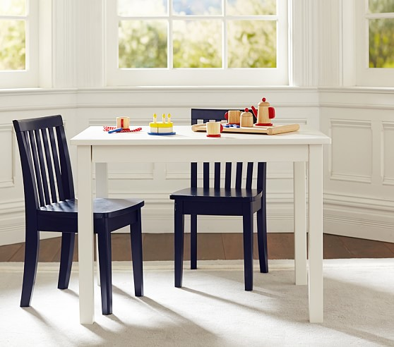 carolina small table 2 chairs set pottery barn kids