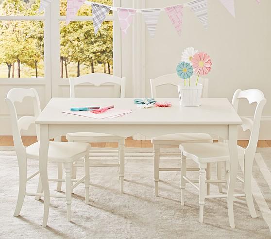 Juliette Play Table