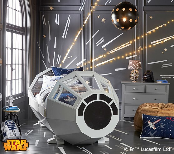This is epic - a Star Wars bed!!