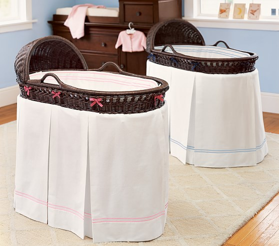 Bordered Pique Bassinet Bedding, White with White Piping