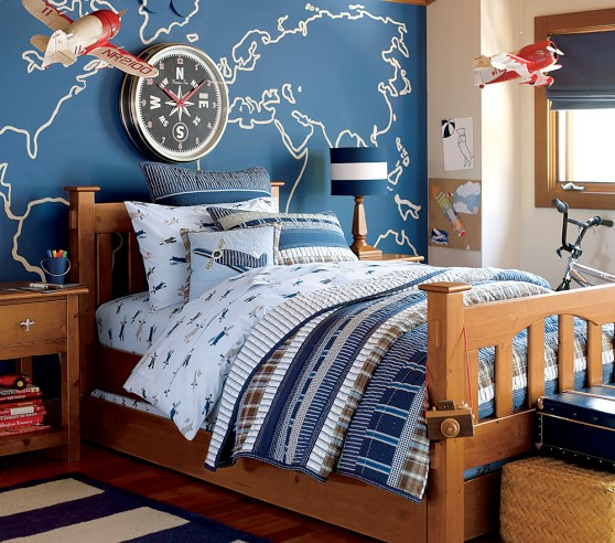 Boy S Room Airplane And Constellation Wall Map: Danny Airplane Quilted Bedding
