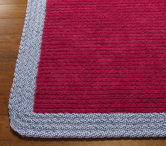 Red Gingham Border Rug Swatch