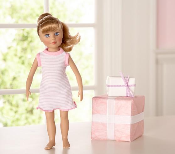 Madame Alexander Doll, Danielle Doll