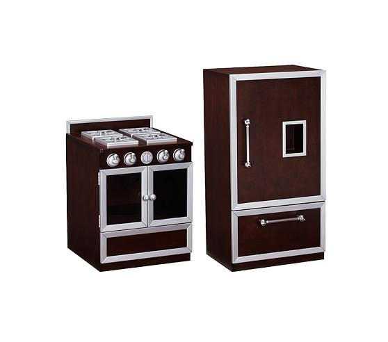 Gourmet Kitchen: Stove & Refrigerator Set