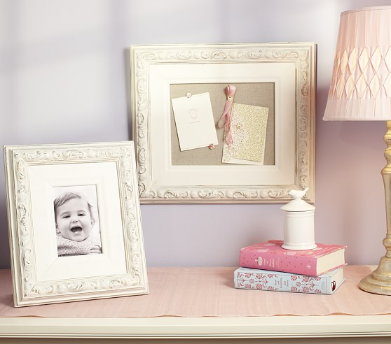 Feather Paisley Frame Collection