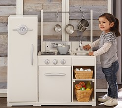 play kitchens furniture pottery barn kids