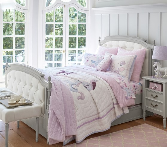 Pottery Barn Lightweight Quilts: Aria Quilted Bedding