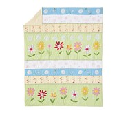 Green Daisy Garden Toddler Quilt
